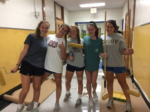 Harpeth Hall and MBA Student Volunteers Attend Hands On Nashville Day